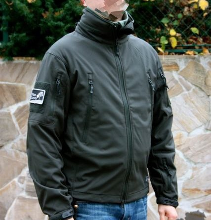 Review: Helikon Tex Gunfighter Softshell